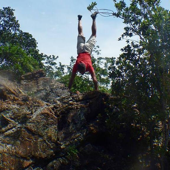 handstand-rocks-hike-palawan